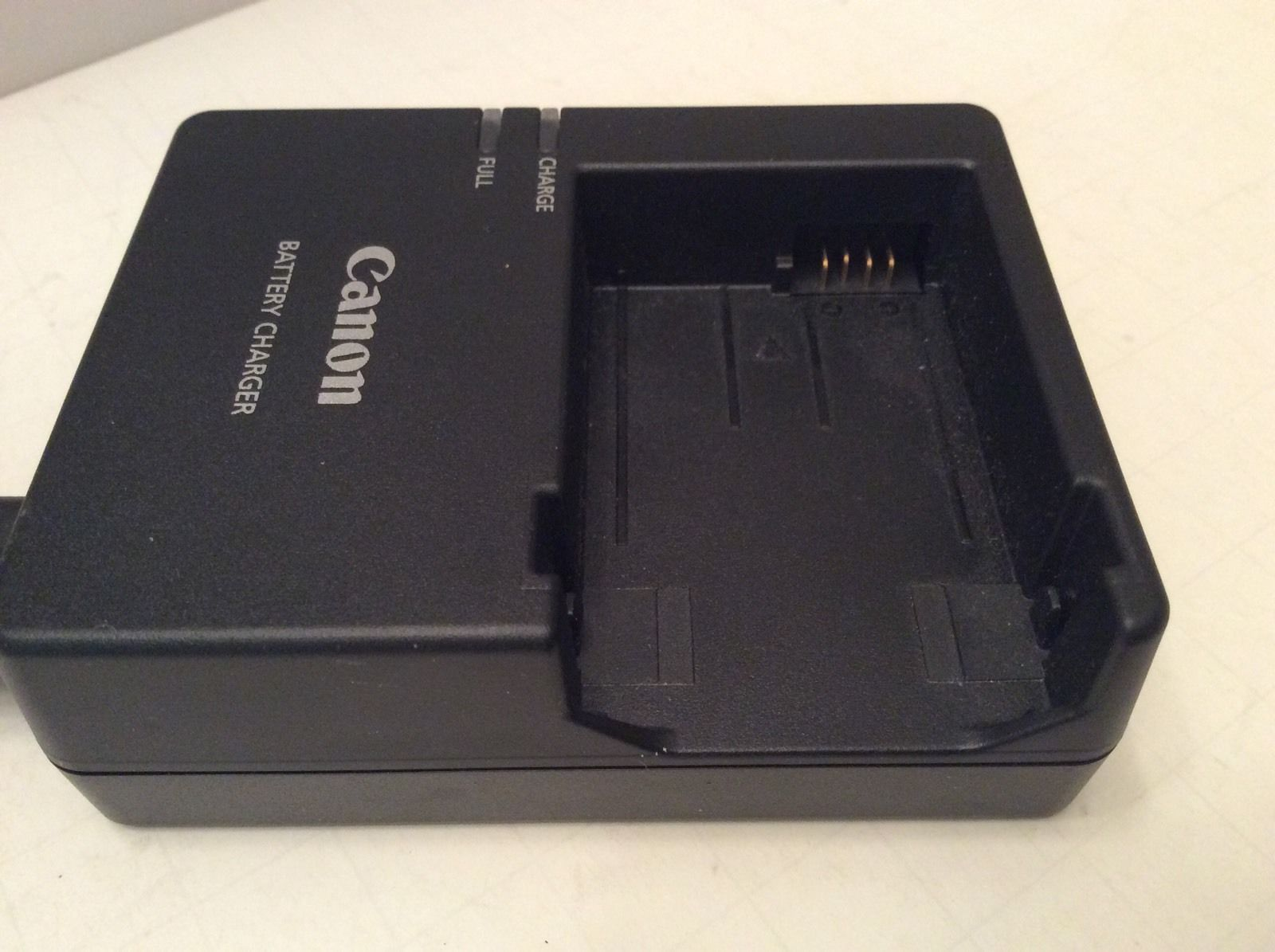 Canon Battery Charger Rebel 600d 550d Camera Adapter