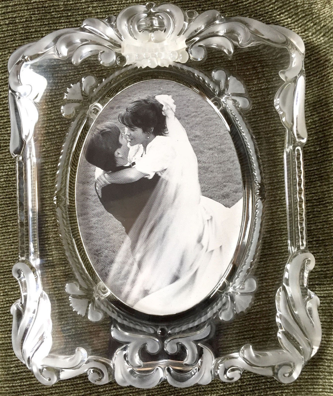 Mikasa Princess Oval 5x7 Crystal Picture Frame Wedding Engagement ...